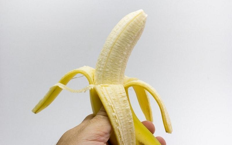 Банан - одно из лучших решений для морщин.